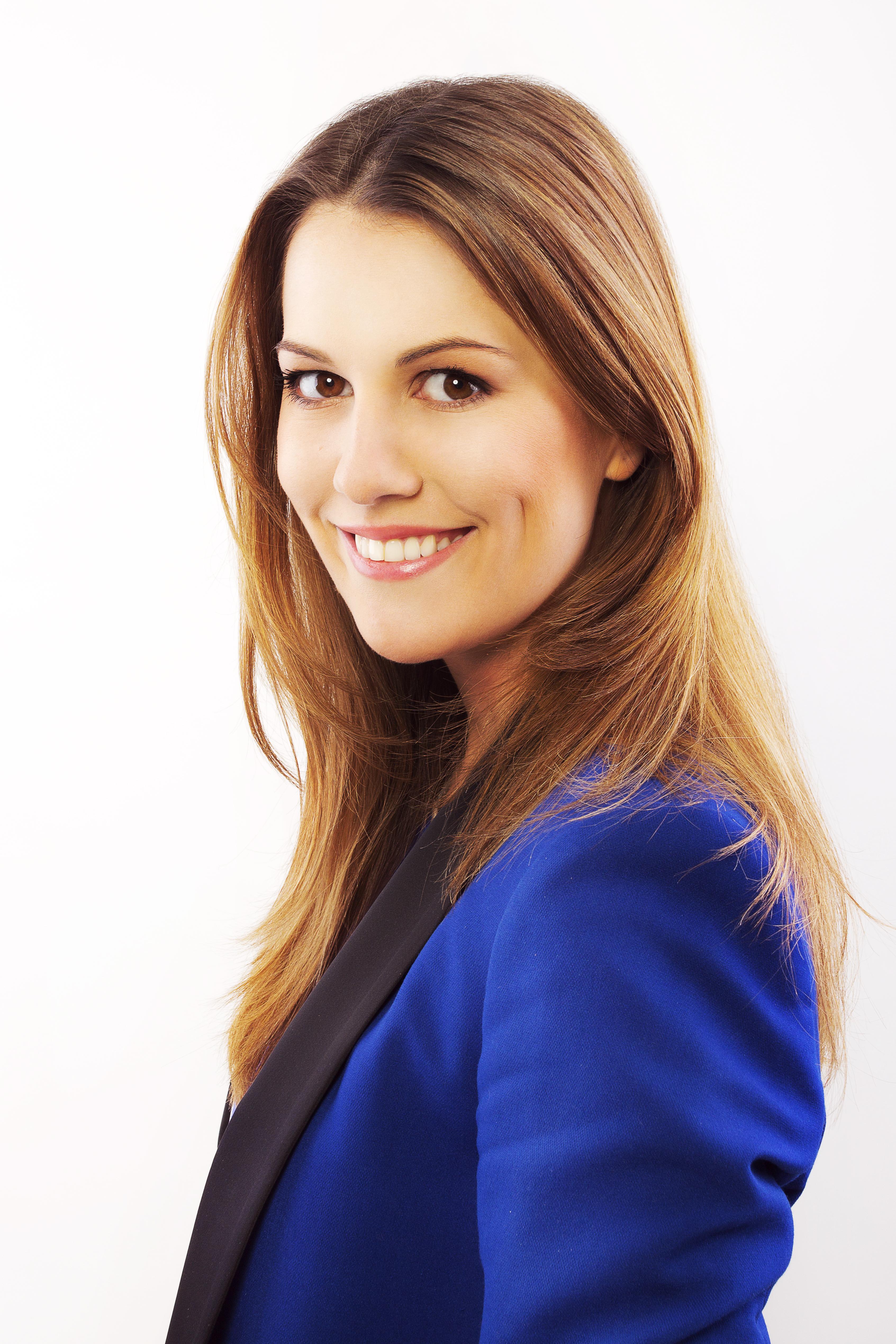 Radí vizážistka Barbora Nevická ze společnosti Beauty Bar.