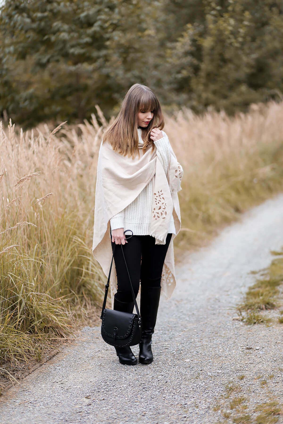 Kuschelig durch den Herbst im Poncho, Herbstoutfit, Trendblog by Deichmann