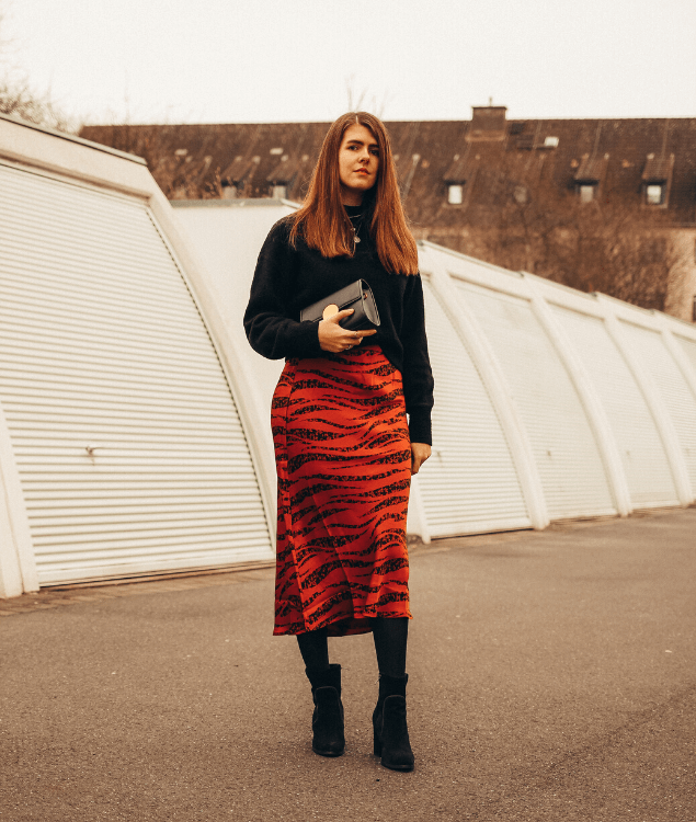 Slip Skirt Style