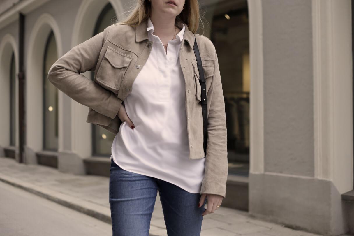 Weiße Bluse Frühlingslook Blaue Jeans