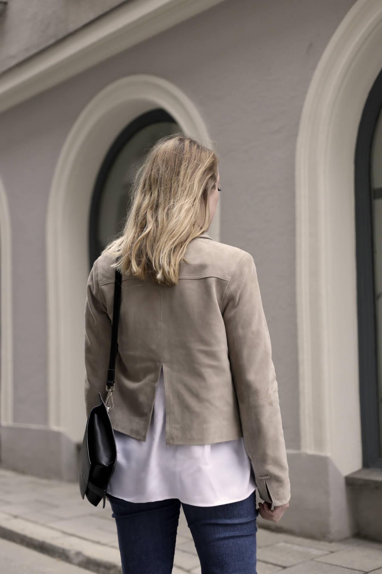 Weiße Bluse Frühlingslook Klassiker Back