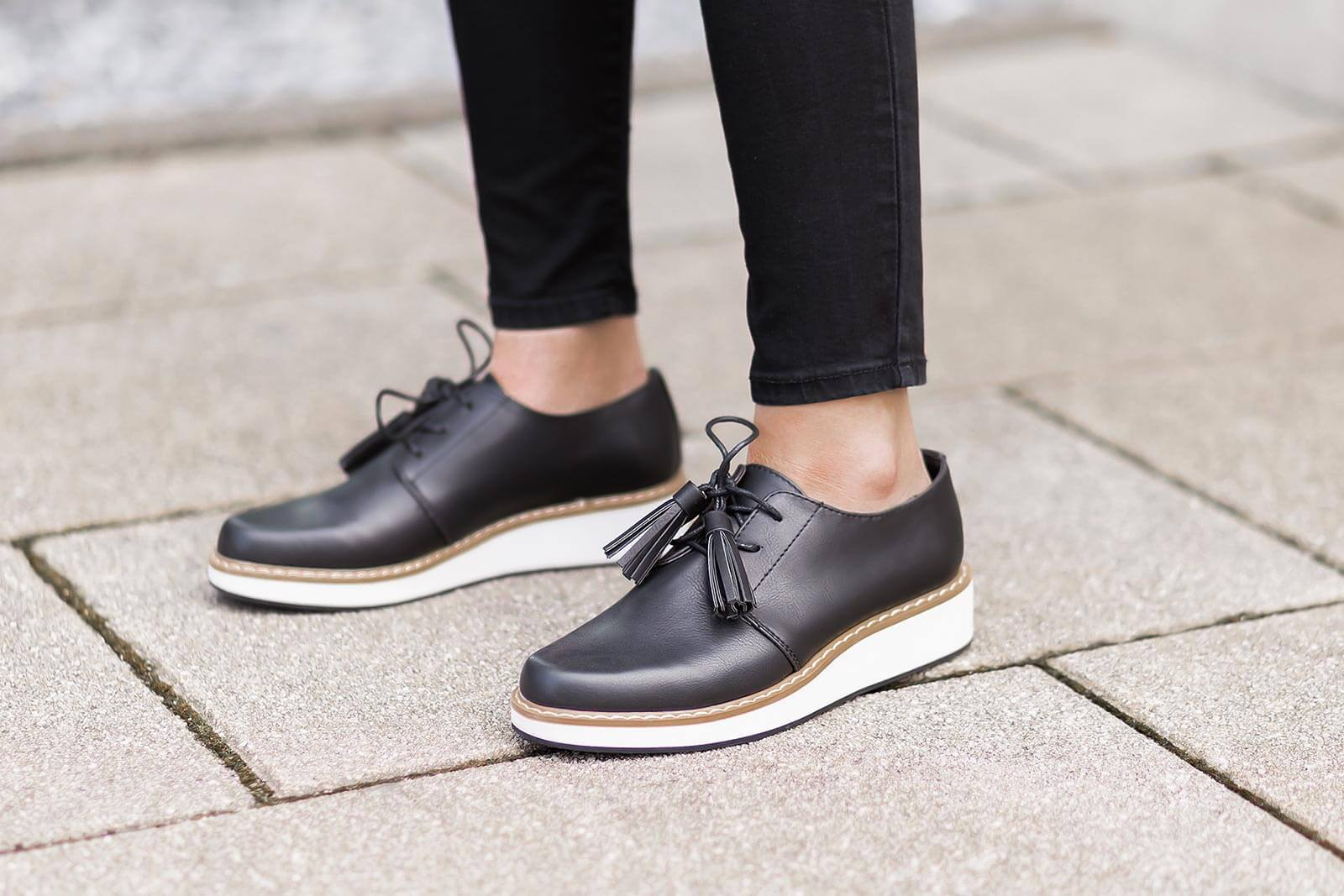 Schuhe für's Büro finden, Business Schuhe, elegante Schnürschuhe, Shoelove by Deichmann