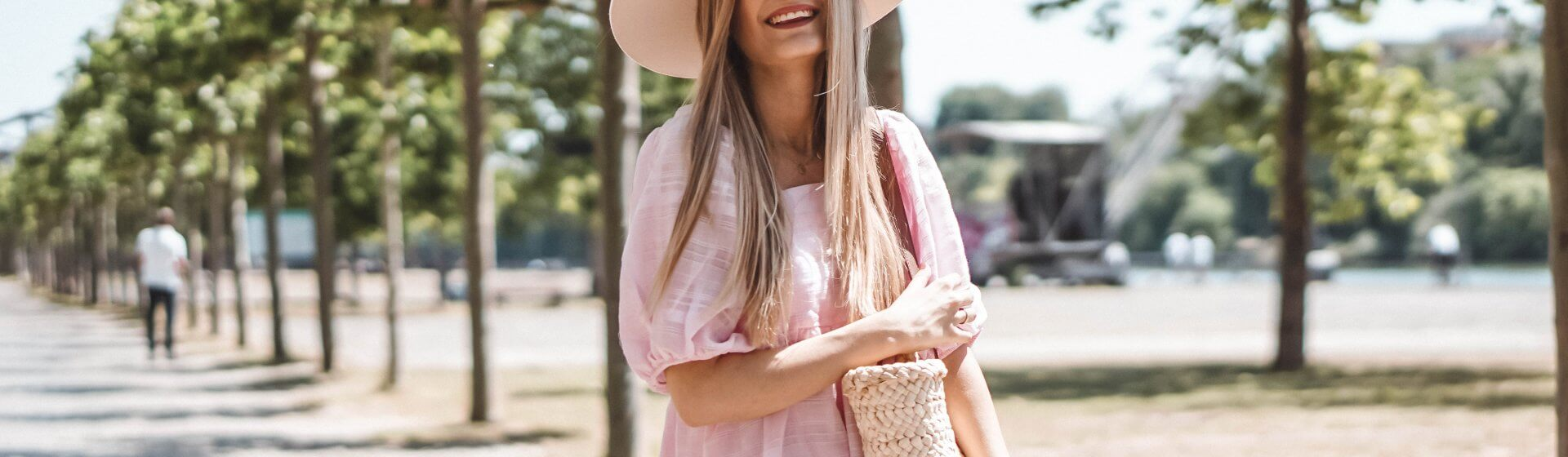 Pastell-Töne im Trend: Rosa Kleid