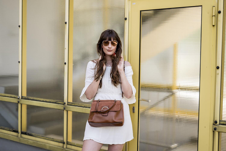 Weiße Kleider für den Sommer
