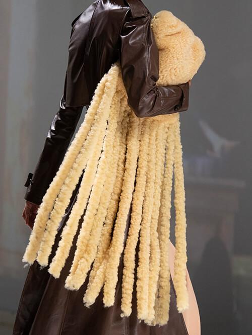 Accessoires für Damen, Kuschel-Handtaschen