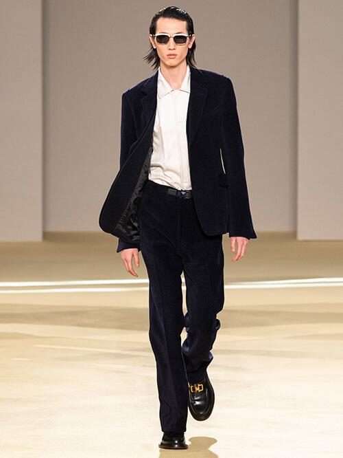 Büro Outfit, Loafer, Runway Salvatore Ferragamo