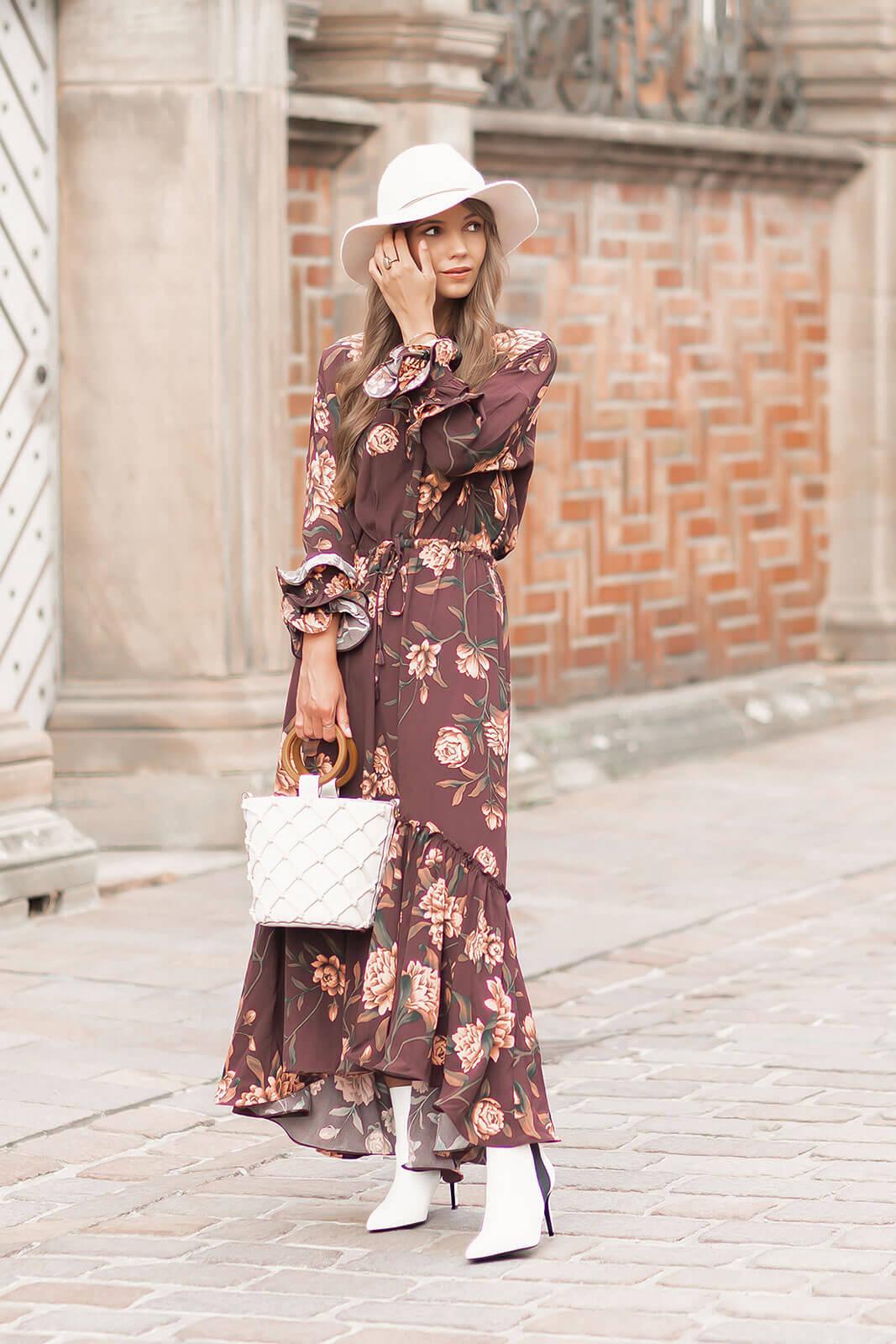 Das sind die schönsten Kleider für den Spätsommer, Kleidertrends 2020, Kleider mit Blumenmuster, Shoelove by Deichmann