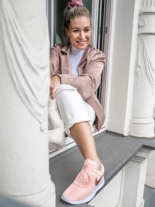 Marken Sneaker Deichmann, @lauralamode, Nike Tanjun