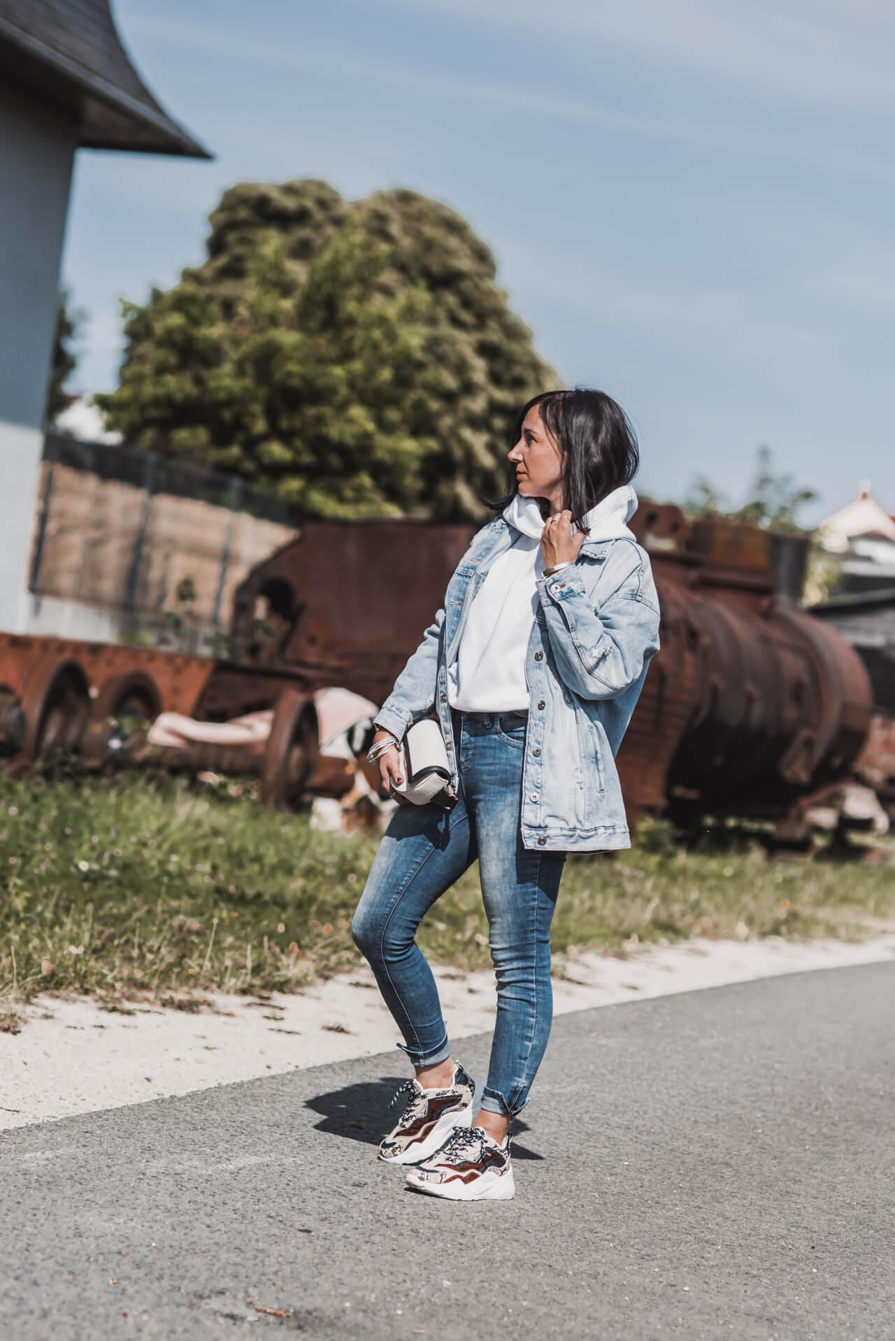 Denim-All-Over Look im Herbst Shoelove Deichmann