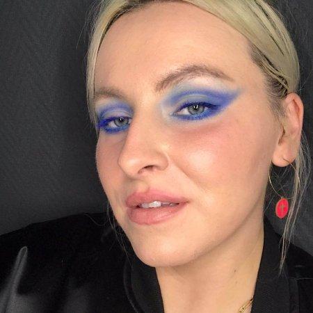 Blue Make-up