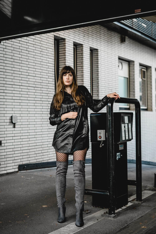 Kombis für Kleider mit Stiefeln