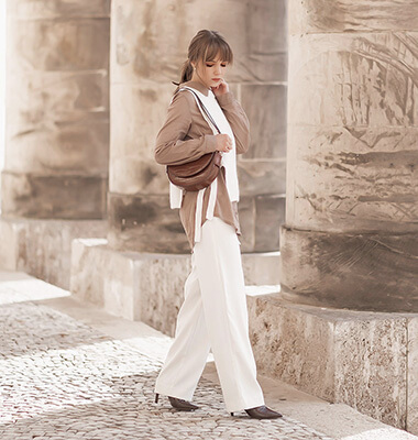 Pullunder stylen mit Bluse und weiter Hose, Herbsttrend, Shoelove by Deichmann
