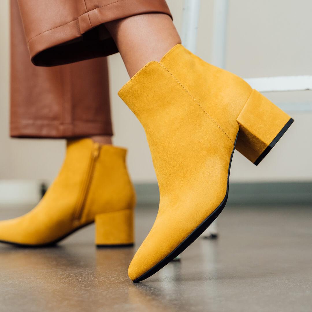 gelbe Boots