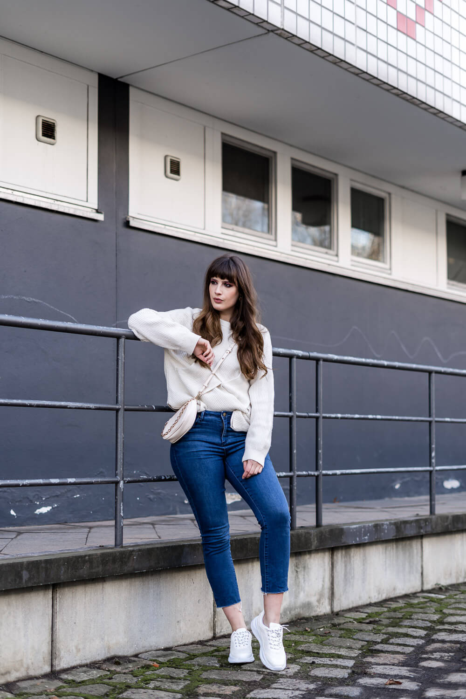 Jeans mit Strick