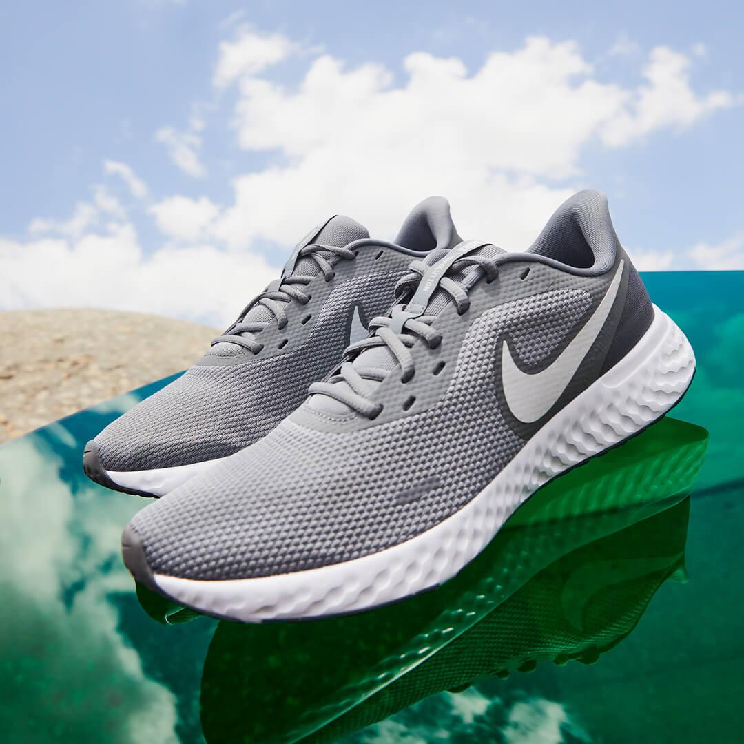 Nike Sneaker Male