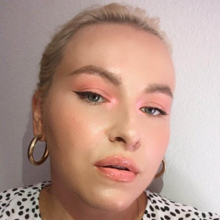 Farbfamilie Pink im Make-up
