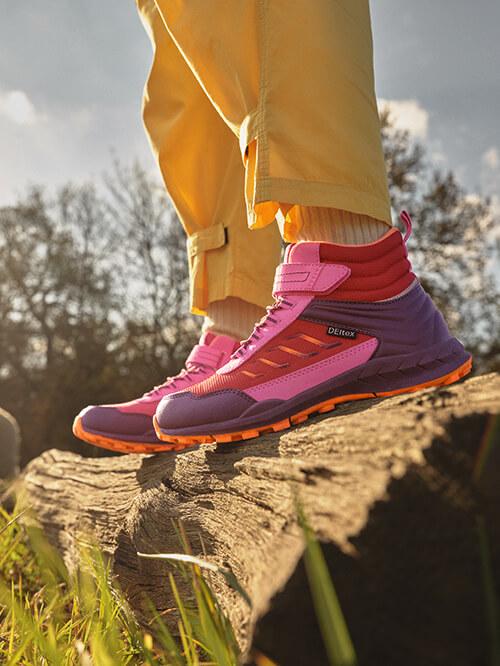 Outdoor-Schuhe in buten Farben