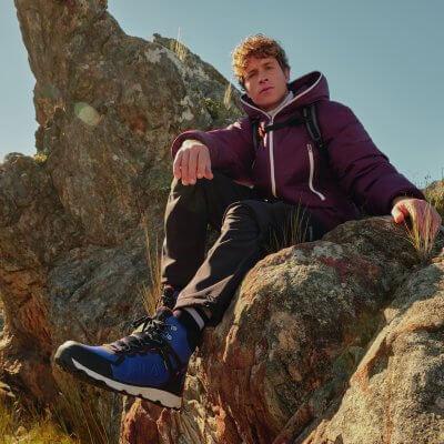 1-Hiking-Boots-Kachel