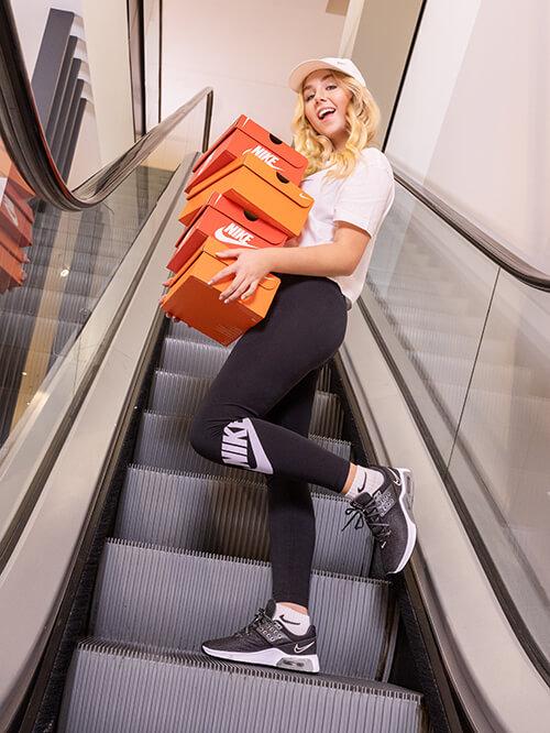 Nike allover mit Dalia