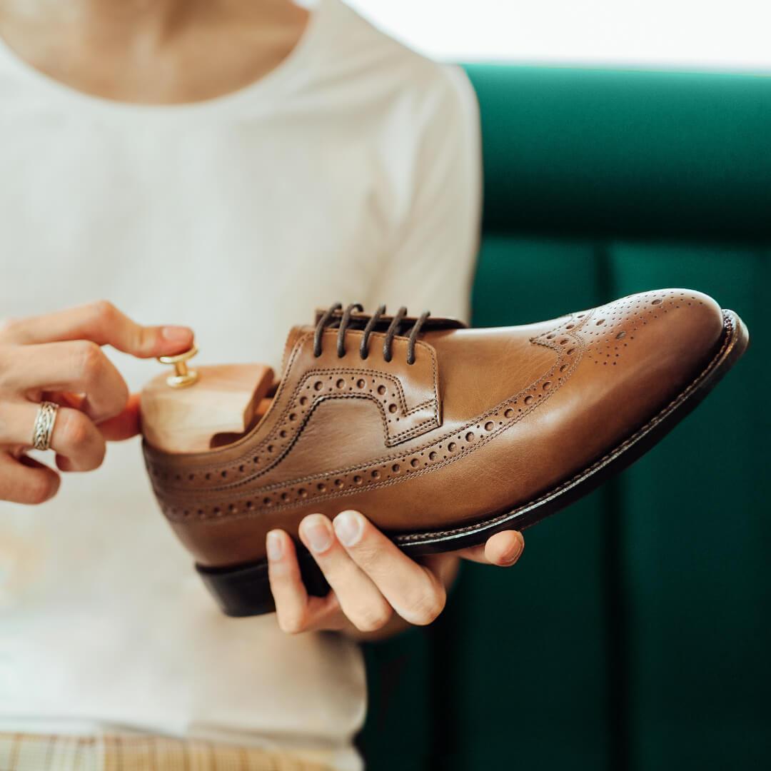 Herrenschuh mit Schuhspanner