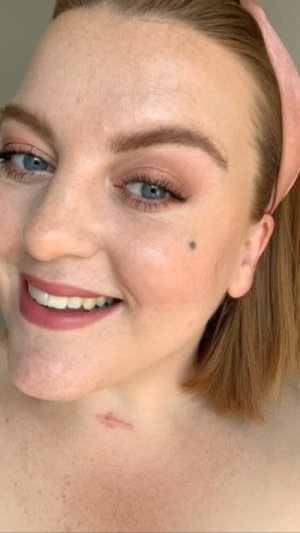 Trend-Haarreif-Makeup