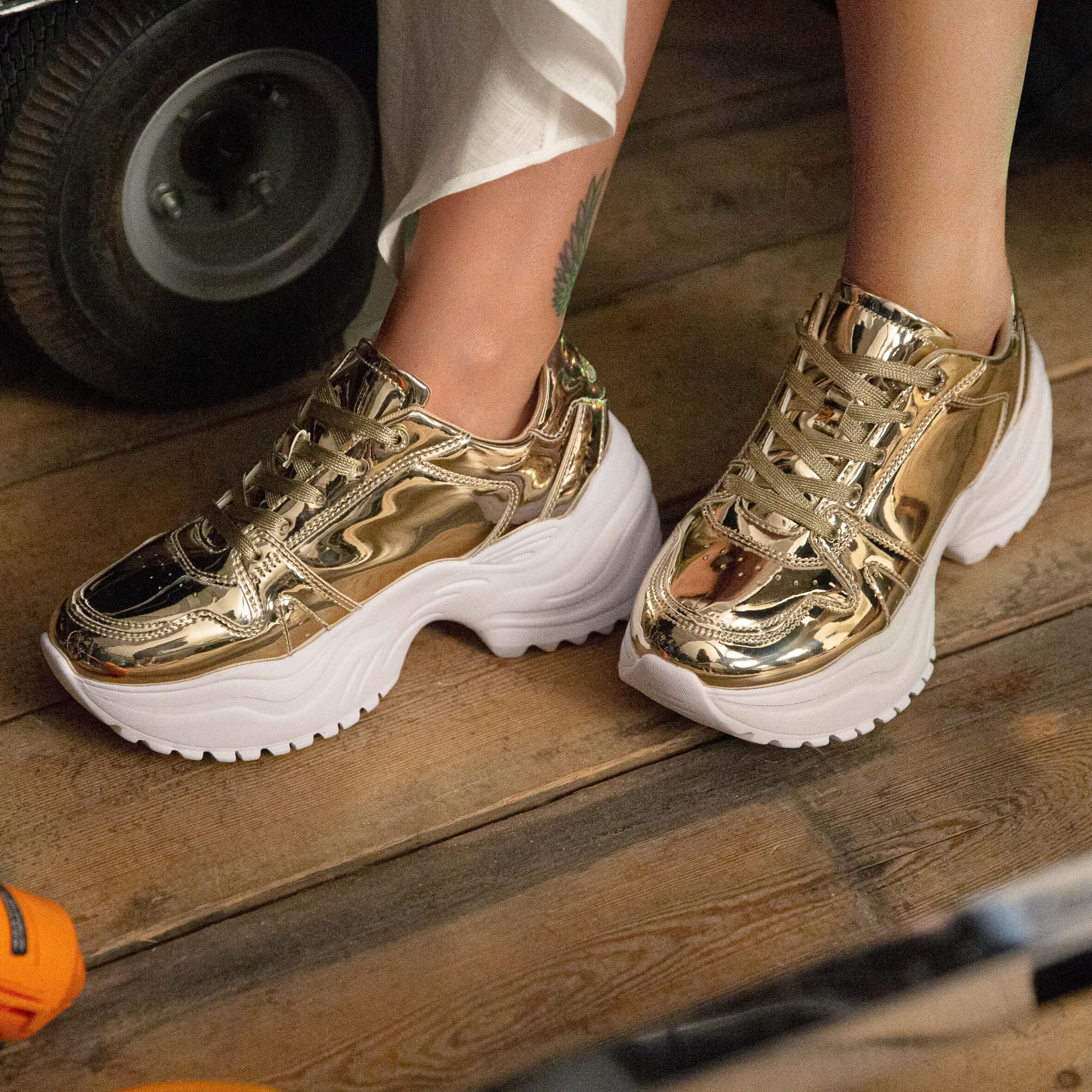 Rita Ora Chunky Sneaker gold