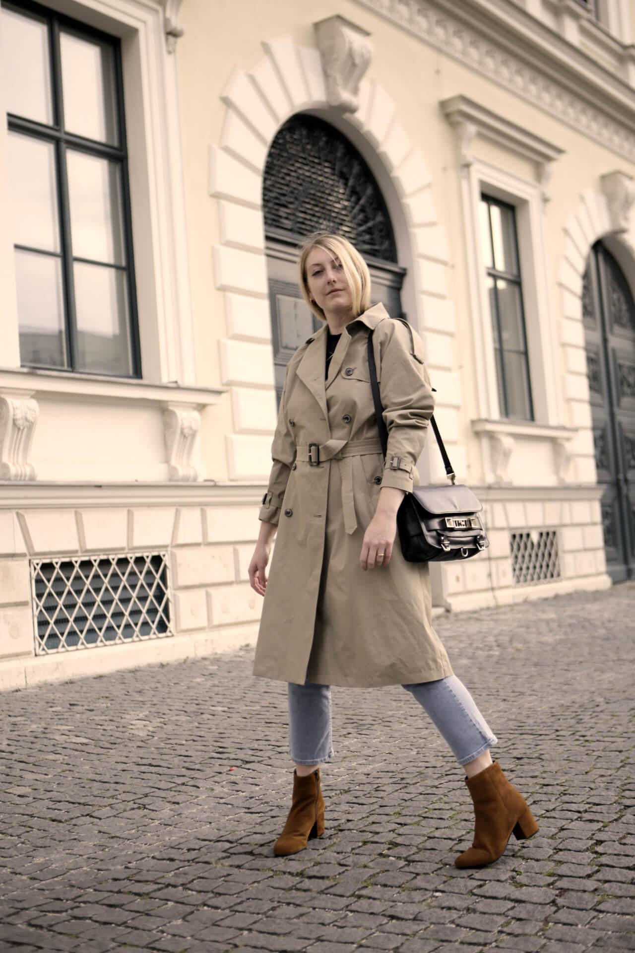 Trenchcocta Outfitidee Herbst Ganzkörper