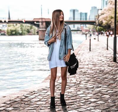 Outfit mit Jeansjacke im Herbst kombinieren