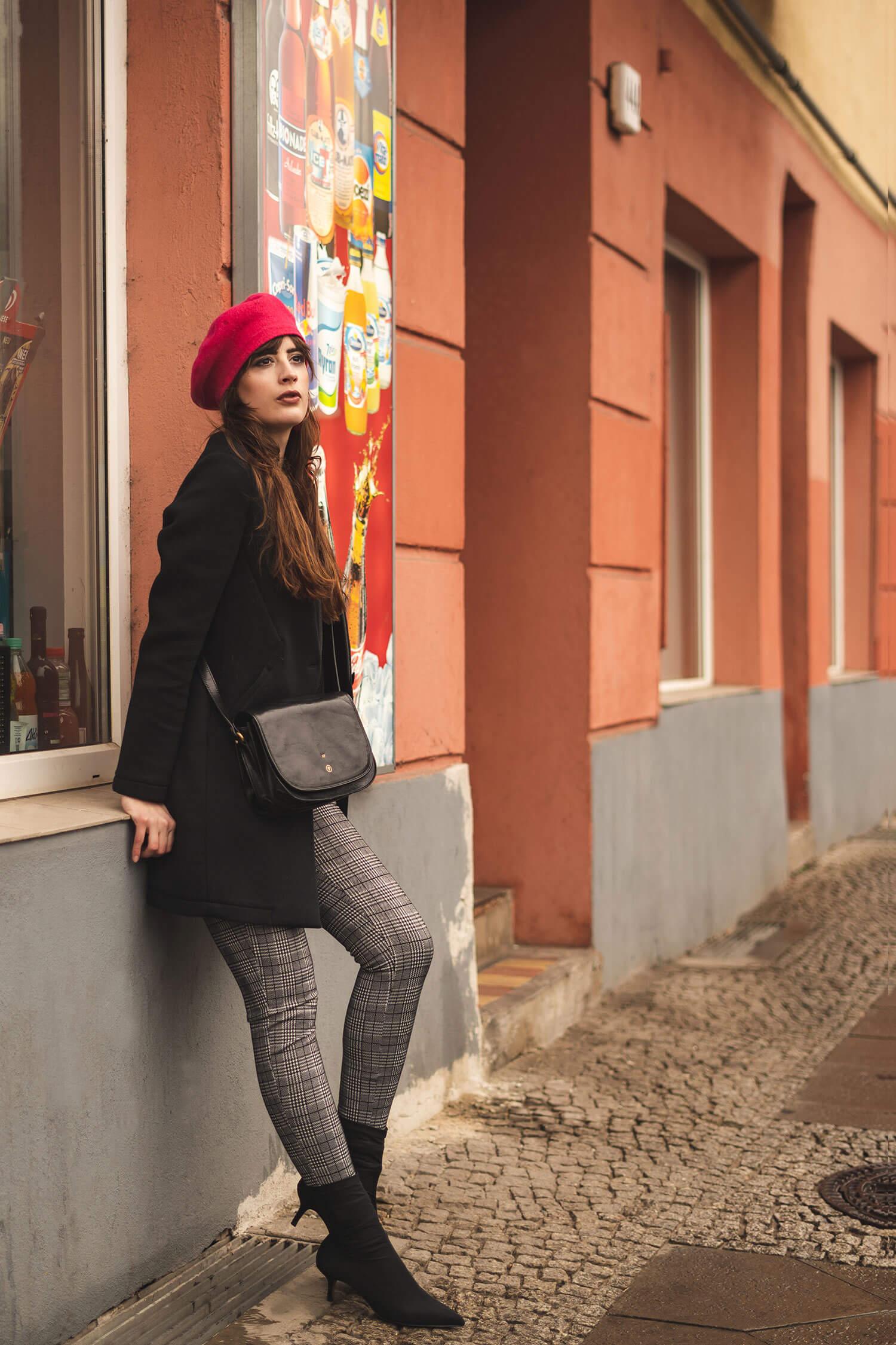 Baskenmütze-Farbtupfer zum Winterlook-Winteroutfit Modeblog-Shoelove Deichmann-andysparkles