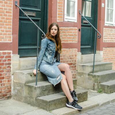 Double Denim-Puma Satin Sneaker-Shoelove by Deichmann-Modeblog-andysparkles