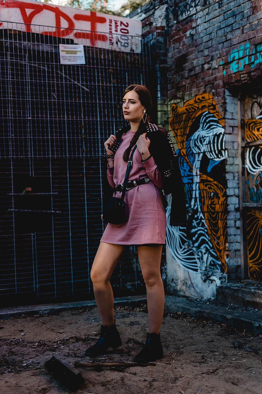 Hoodies und Pullikleider kombinieren-Chelsea Boots-Herbstoutfit Modeblog-Shoelove by Deichmann-andysparkles