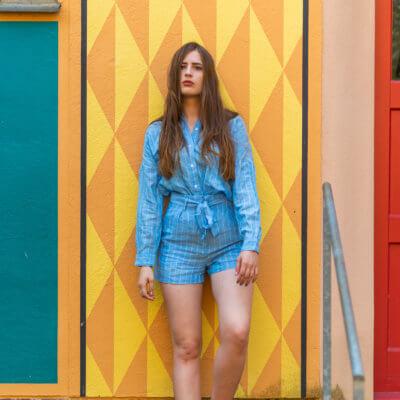 Leinenanzug für den Sommer-Trend Leinen-Chucks von Converse-Shoelove Deichmann-Modeblog-andysparkles