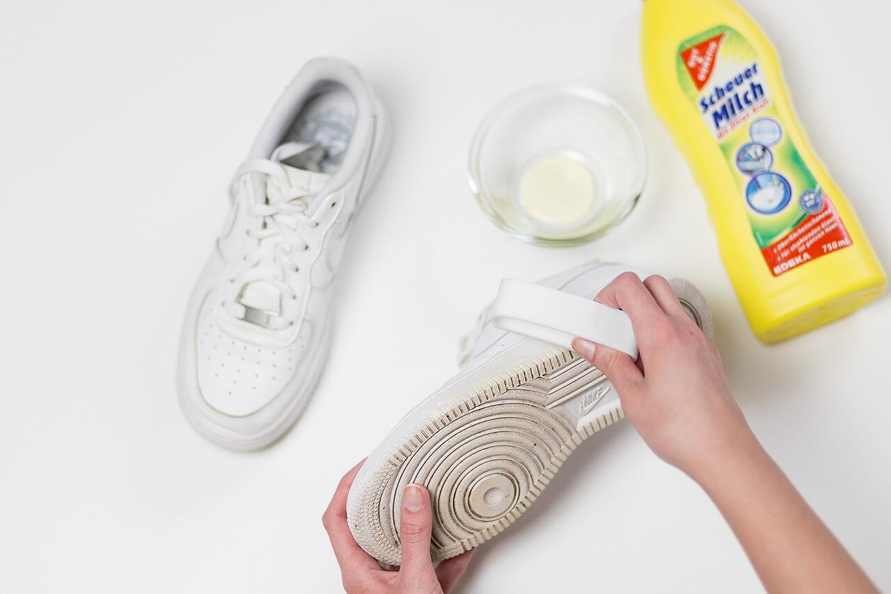 Weiße Sohlen reinigen I 3 super Tipps wie Du Deine weißen