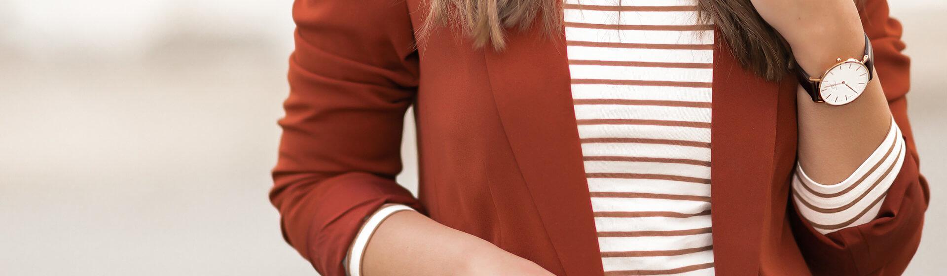 Trendfarbe Rostrot stylen, Herbstoutfit, Herbsttrends, Shoelove by Deichmann