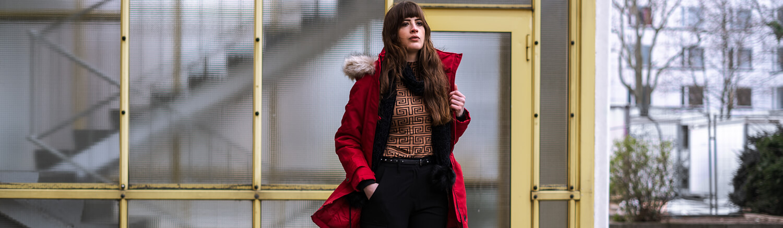 Wanderschuhe sind jetzt angejagt-klobige Wanderschuhe kombinieren-Winteroutfit Modeblog-Shoelove by Deichmann-andysparkles