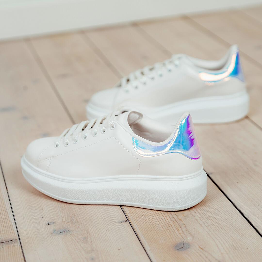 descuentos en sneakers blancas