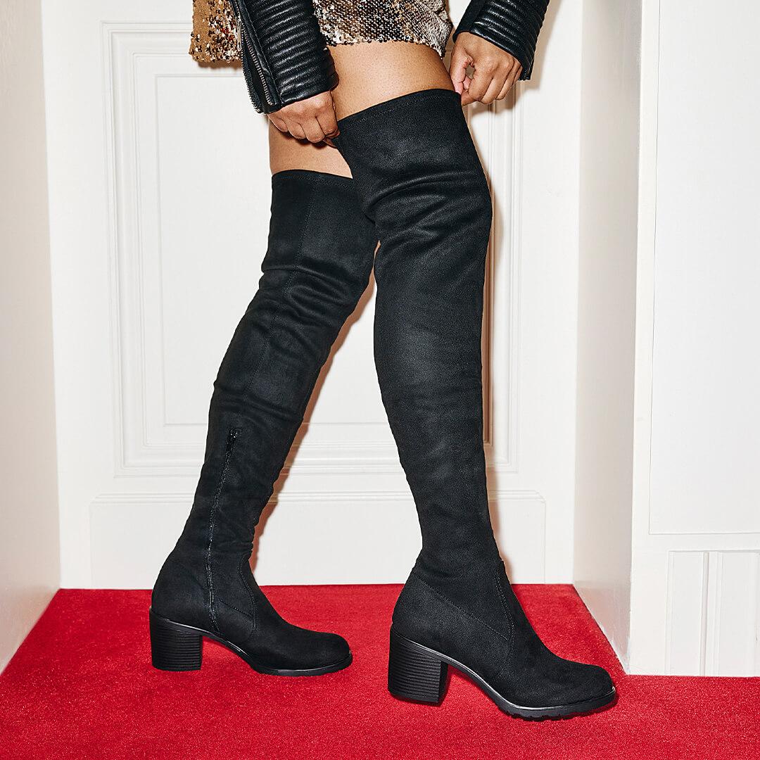 Un calzado cómodo de mujer para tus looks de Nochevieja.