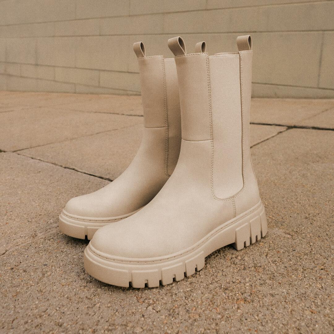 Cómo combinar zapatos blancos con estilo