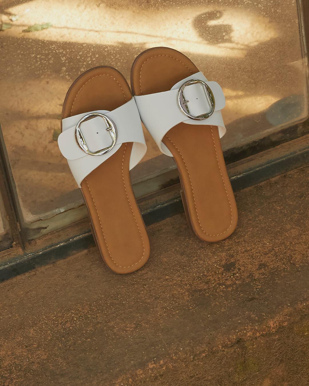 Sandalias que combinan con todos tus outfits