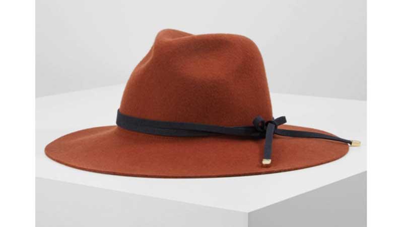 I cappelli invernpo 2020 - Cappello modello Fedora, Naf Naf