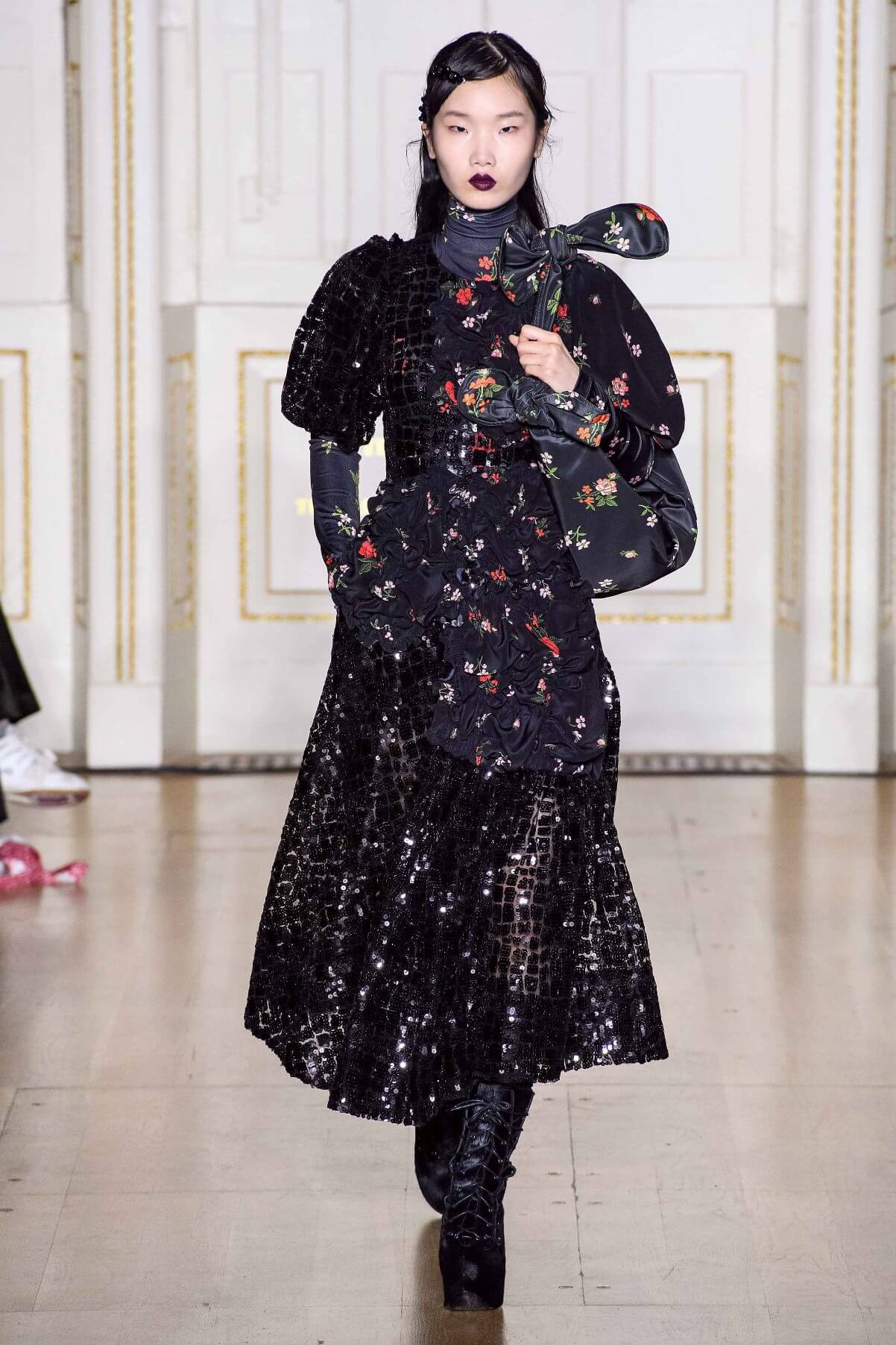 floreale in autunno - Simone Rocha // Photo Credit Vogue.com