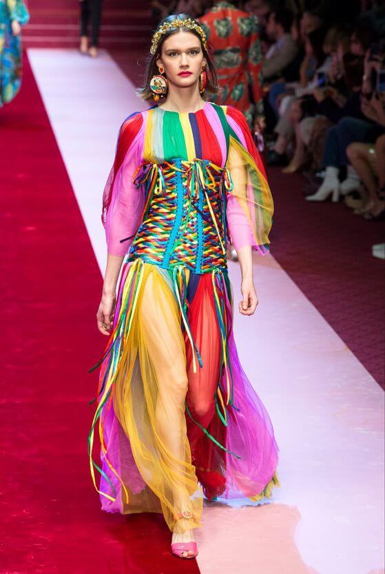Arcobaleno - Vestito con corsetto a intreccio