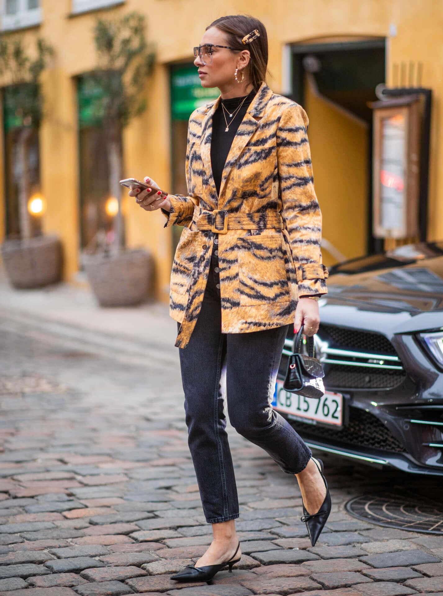 Le mini bag - Danille Bernstein, Streetstyle