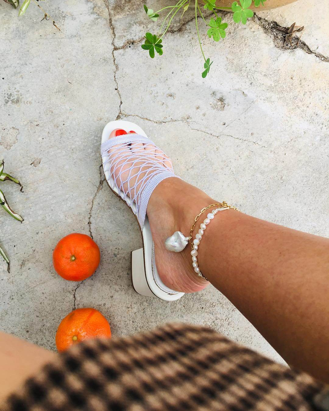 cavigliere estive a più strati con oro e perle