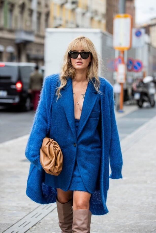 classic blue - total outfit: cappotto di lana, gonna e giacca blue