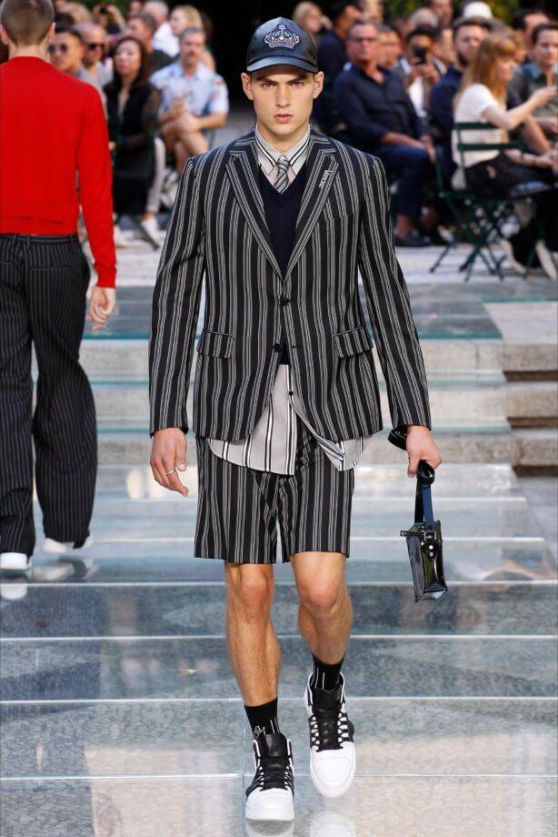 abiti cut out - vestito nero con gonna midi aderente e spalline