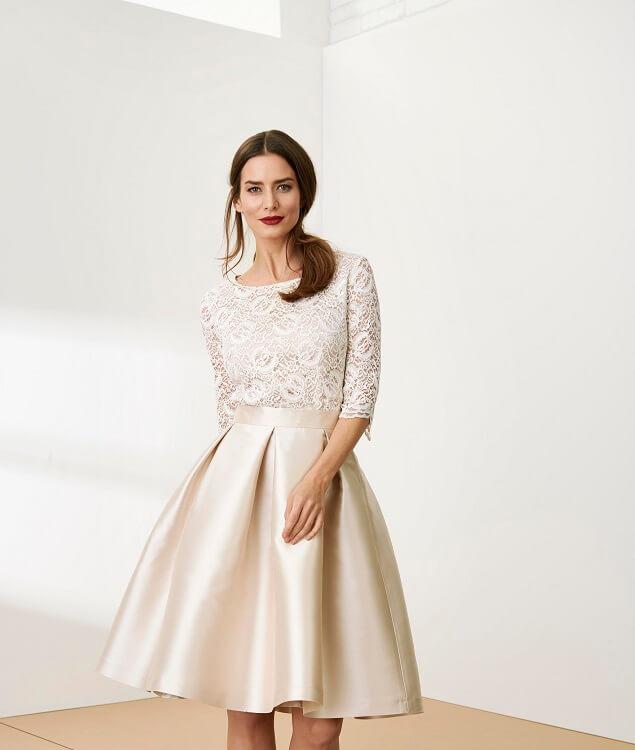 81f4fa059812 Stále si nie ste istá správnym výberom oblečenia na svadbu